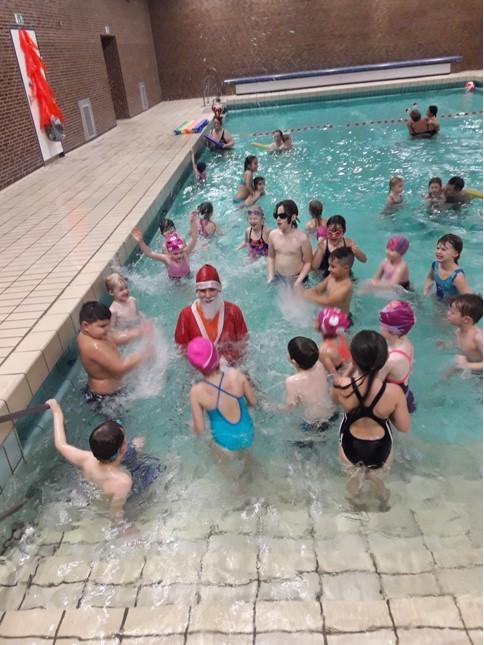 Weihnachtsschwimmen1