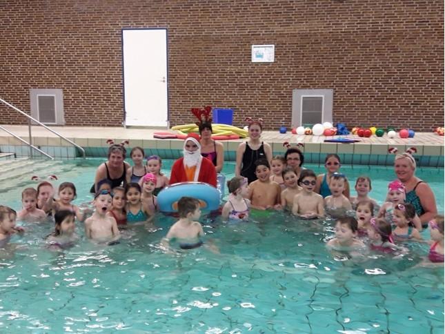 Weihnachtsschwimmen2